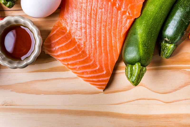 Fish and vegetables are useful for reducing pain caused by arthritis.